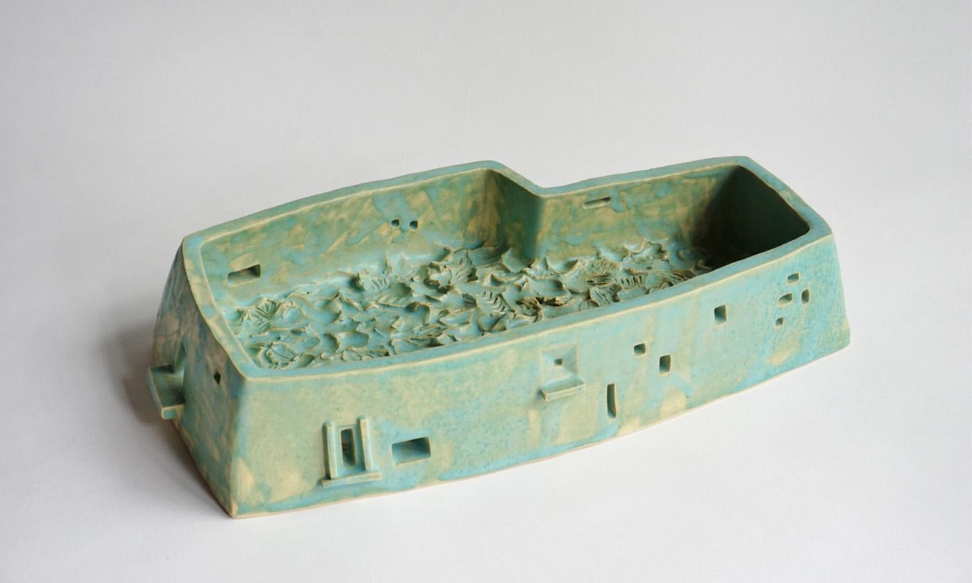 彫刻家、坂本紬野子の軌跡「京都初個展で挑む焼き物表現の可能性」